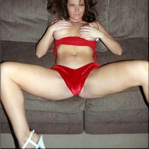 Femme sensuelle de Laval