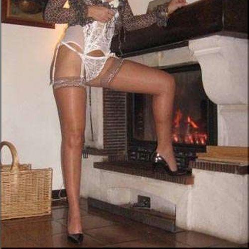 Femme dépravée désirerait un joli pénis à sucer sur Bayonne